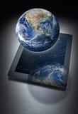 Tecnologia da tabuleta do computador global Fotografia de Stock