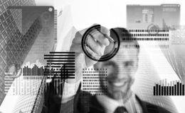 Tecnologia de Blockchain Dinheiro digital futuro Moeda cripto do investimento Gráficos de negócio virtuais interativos da exposiç fotografia de stock