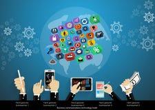 Tecnologia di affari nelle comunicazioni intorno al mondo compreso i telefoni cellulari, ingranaggio, mappe di mondo, progettazio Fotografia Stock