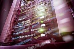 Tecnologia di telecomunicazione di Internet, stoccaggio di Big Data, concetto dell'azienda di servizi del computer di Cloud Compu fotografia stock