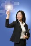 Tecnologia di tocco della donna di affari Fotografie Stock Libere da Diritti