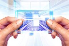 Tecnologia do futuro nas mãos Fotografia de Stock Royalty Free