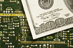 Tecnologia e dinheiro Imagem de Stock Royalty Free