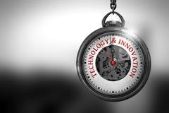 Tecnologia e inovação na cara do relógio ilustração 3D Foto de Stock