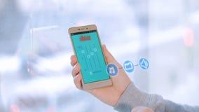 Tecnologia home esperta Equipe o écran sensível futurista virtual do uso para operar a casa esperta, smarthome ilustração do vetor
