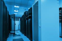 Tecnologia moderna da telecomunicação da rede e do Internet da Web, armazenamento de dados grande e servço informático de computa imagens de stock royalty free