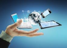 Tecnologia nas mãos fotos de stock royalty free