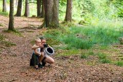 Tecnologia nella foresta fotografia stock libera da diritti
