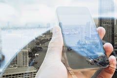 Tecnologia urbana do estilo de vida e de comunicação Fotografia de Stock Royalty Free