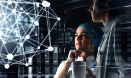Tecnologie innovarici nella scienza e nella medicina Media misti Media misti Immagine Stock Libera da Diritti