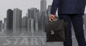teczki biznesmena inwestora radosny portfolio Biznesmen z teczką Zdjęcie Stock