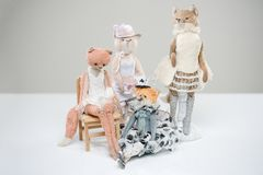 Teddy τρύγος φορεμάτων κορσέδων αλεπούδων γατών γουνών βικτοριανός Στοκ εικόνα με δικαίωμα ελεύθερης χρήσης