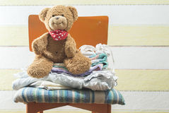 Teddy bear in a baby room Royalty Free Stock Photos