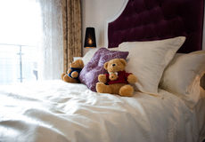 Teddy bear in bed Royalty Free Stock Photography