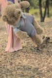 Teddy Bear Doll an Gunungs-Sari - Indonesien Stockfotografie