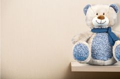 Teddy bear on shelf Royalty Free Stock Photography
