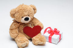 Teddy Bears couple with red heart. Valentines Day Royalty Free Stock Images