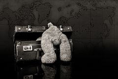 Free Teddy Wants To Travel The World. Royalty Free Stock Photos - 104065288