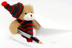 Teddybär, der schreiben mag stockfoto