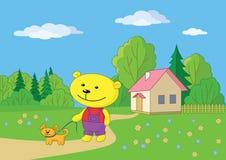 Teddybeer die met een hond loopt Stock Foto