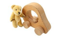 Teddybeer met zijn auto Royalty-vrije Stock Afbeelding