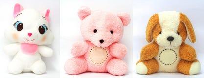 3 teddyberen en 3 witte, bruine en roze mooi stock foto