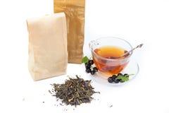 Tee auf weißem Hintergrund Stockbild