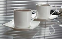 Tee im Büro Stockfotografie
