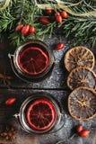 Tee mit Anis und Granatapfel Stockfoto