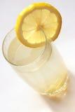 Tee mit einer Zitrone, einem Ingwer und einem Honig Stockfotografie
