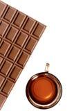 Tee mit Schokolade stockfotografie