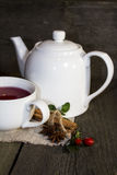 Tee mit Teekanne Lizenzfreie Stockfotografie