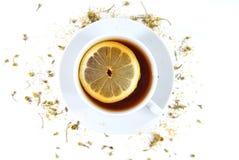 Tee mit Zitrone Lizenzfreie Stockfotografie