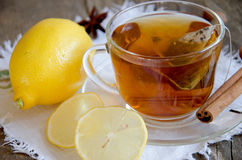 Tee mit Zitrone Lizenzfreie Stockfotos