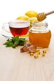 Tee mit Zitrone und Honig Stockfoto