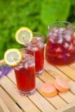 Tee mit Zitrusfruchtlavendel Lizenzfreie Stockbilder