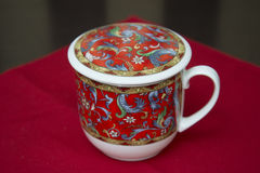 Tee-Schale für chinesischen grünen Tee des Gebräus stockfotografie