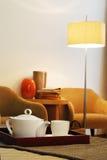 Tee-Set in Raum 2 Lizenzfreie Stockbilder