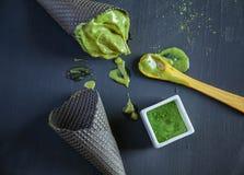 Tee-und Bananen-Eiscreme Matcha Stockfotografie