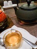 Tee und Honig Stockfotos