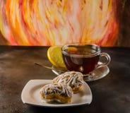 Tee und Keks stockfotografie