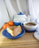 Tee und Kuchen stockfoto