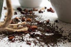 Tee und Schalen lizenzfreie stockbilder