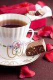 Tee und Schokolade Stockfoto