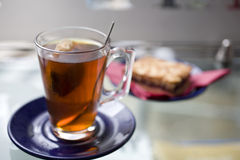 Tee und Toast Lizenzfreies Stockfoto