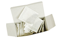 Teebeutel auf einem geöffneten Paket Lizenzfreies Stockfoto