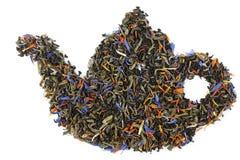 Teekanne hergestellt von den Teeblättern Stockbild