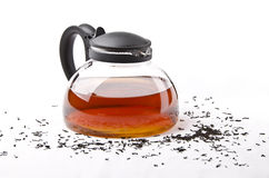 Teekanne mit schwarzem Tee Lizenzfreie Stockfotografie