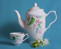 Teekanne und Schale Lizenzfreie Stockfotografie