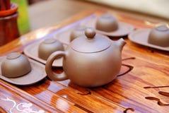 Teekanne und Teacup Stockfotos
